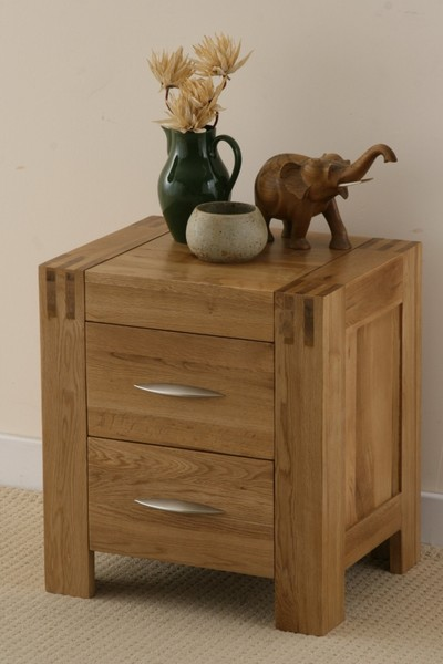 Alto Solid Oak Bedside Chest