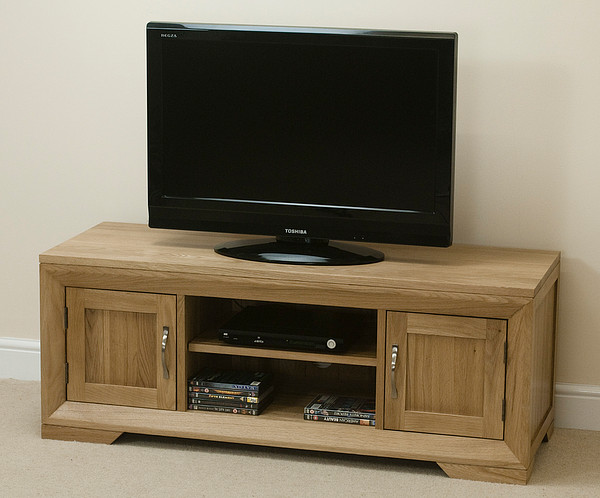 Bevel Natural Solid Oak Widescreen TV Cabinet
