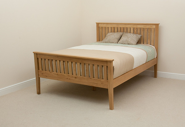 Chaucer Solid Oak 5ft King-Size Bed