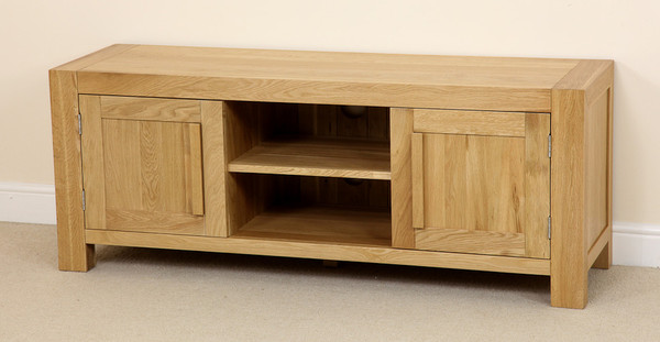 Fresco Solid Oak Widescreen TV Cabinet