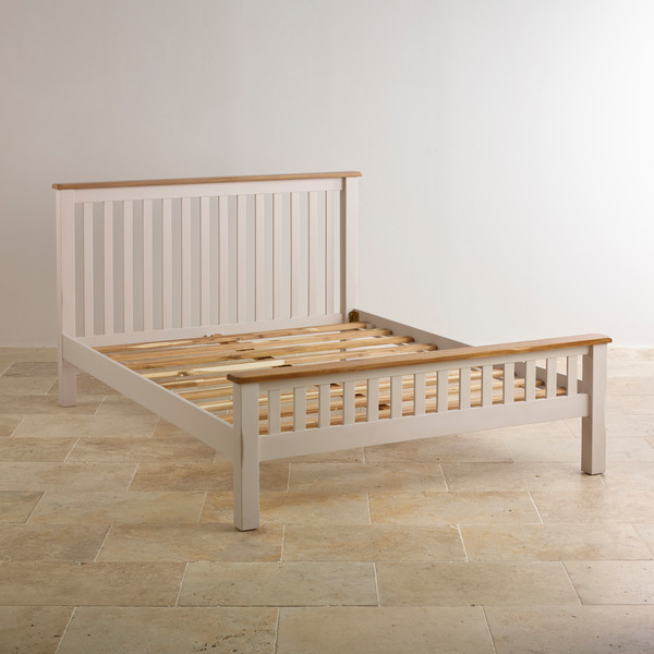 Kemble Rustic Oak and Painted 5ft King-Size Bed