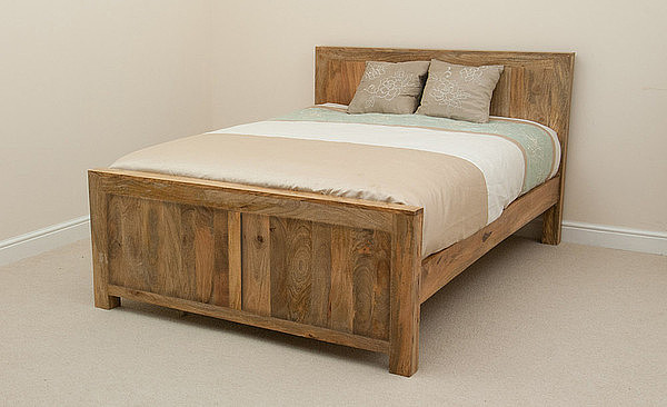 Mantis Light Natural Solid Mango 4ft 6″ Double Bed