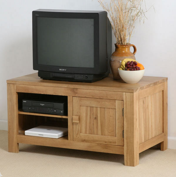 Oak furniture land widescreen tvs for Oak furniture land