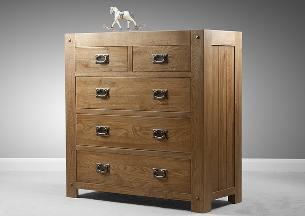 Quercus Rustic Solid Oak 2 3 Chest Of Drawers Bedroom Furniture
