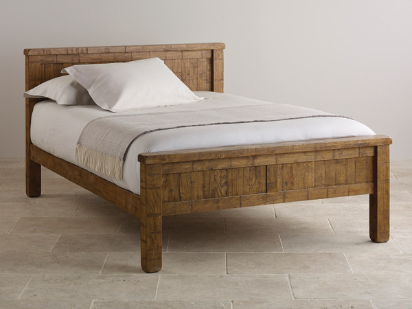 "Ripley Rough Sawn Solid Oak 4ft 6"" Double Bed"