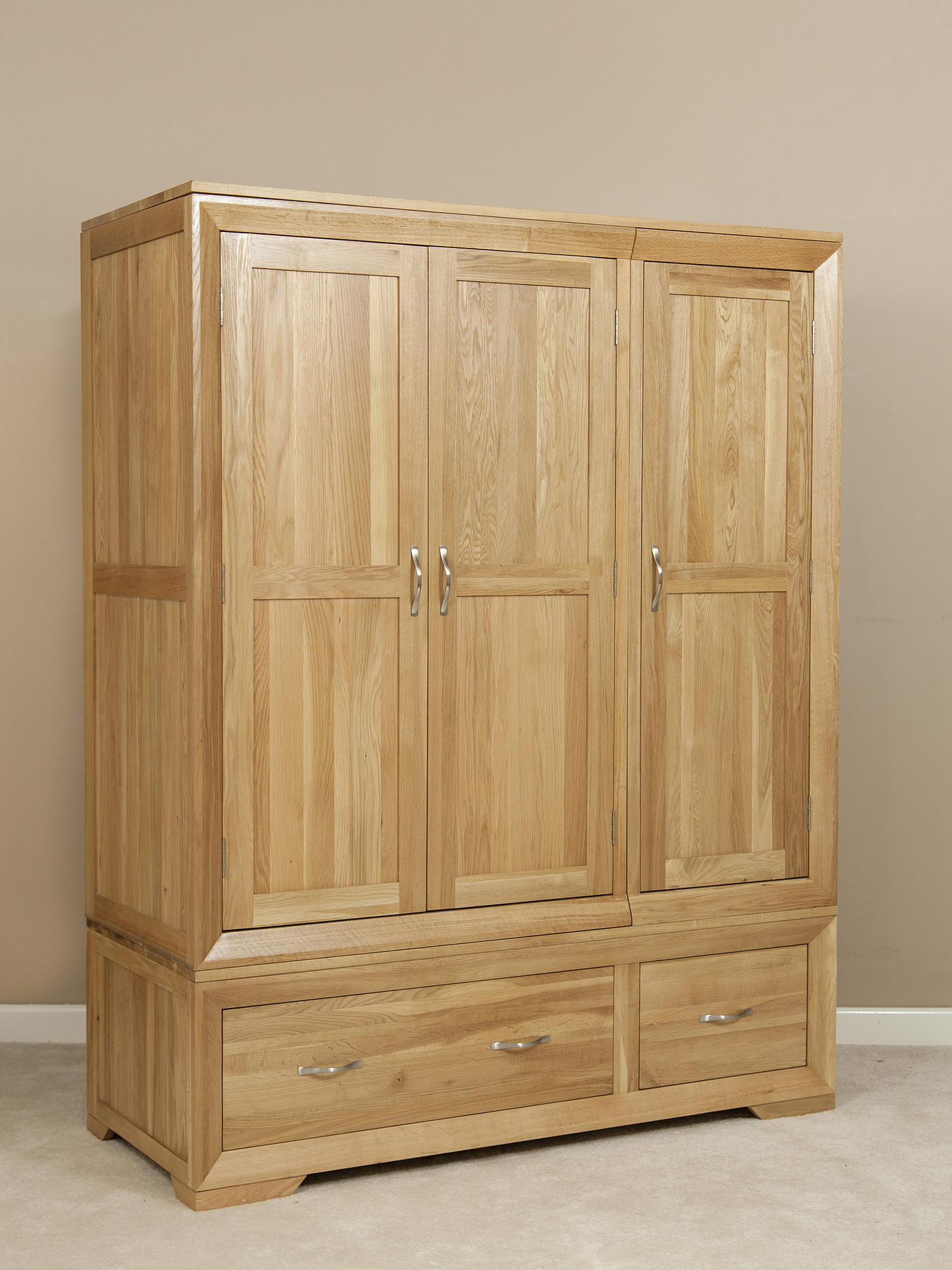 bevel natural solid oak triple wardrobe oak furniture land. Black Bedroom Furniture Sets. Home Design Ideas