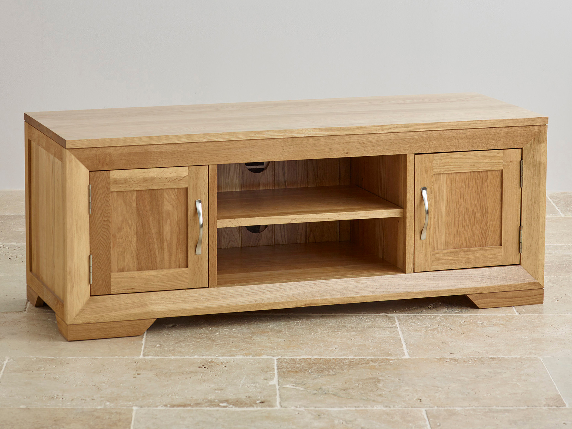 Bevel natural solid oak widescreen tv dvd cabinet for Cupboard or cabinet
