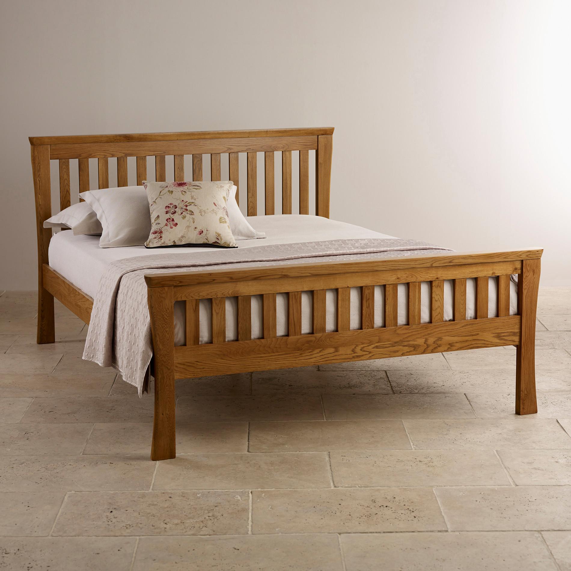 Bedroom Furniture King Size Bed: Orrick Rustic Solid Oak King-Size Bed