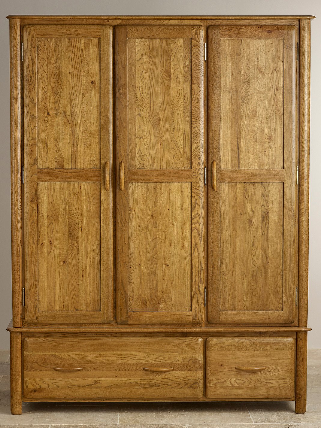 osaka rustic solid oak triple wardrobe oak furniture land. Black Bedroom Furniture Sets. Home Design Ideas