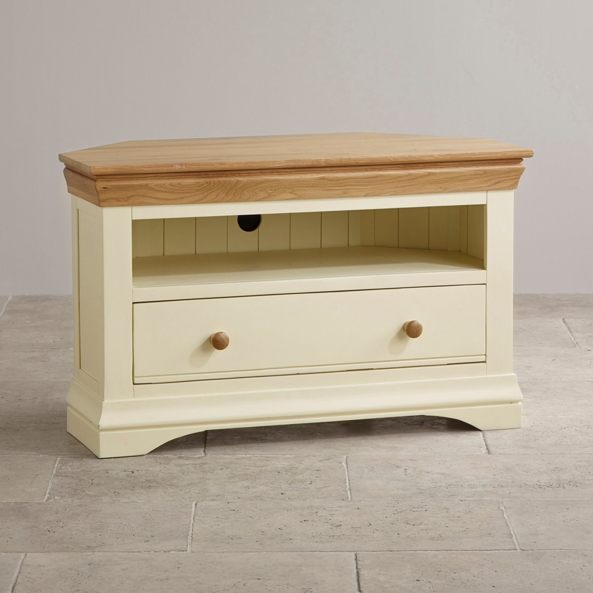 Country cottage natural oak corner tv cabinet cream painted for Furniture uk