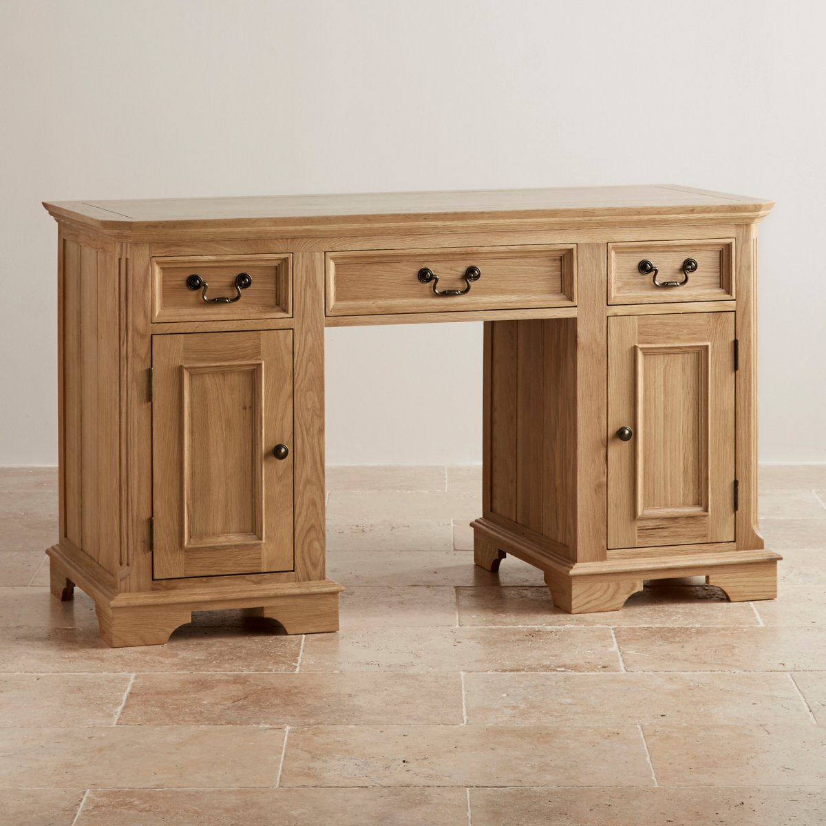 Edinburgh natural solid oak computer desk by oak furniture for Oak furniture land
