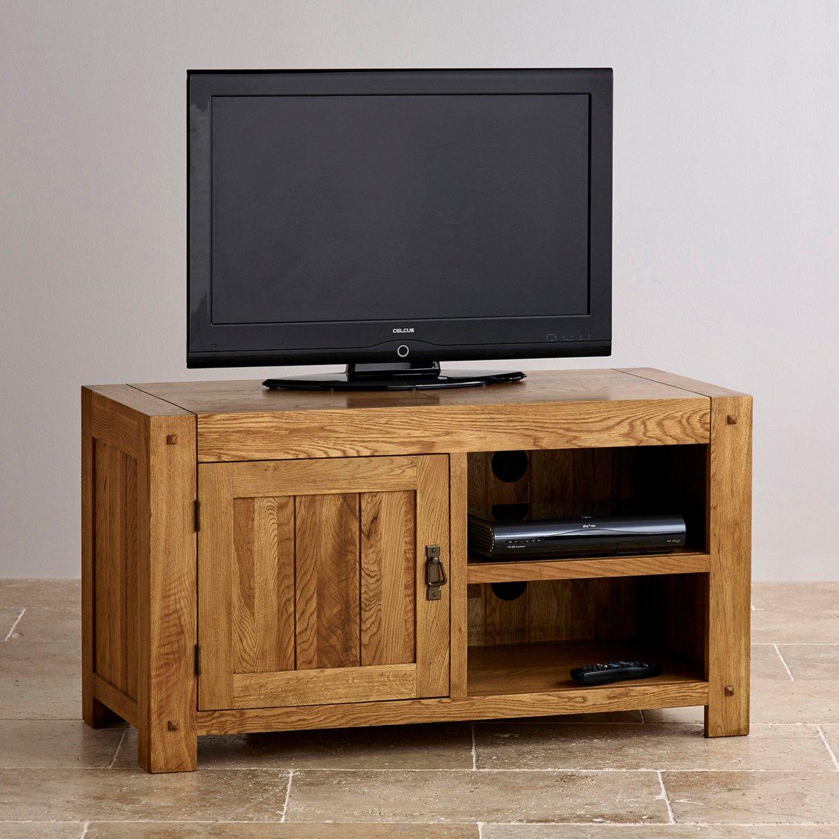 Quercus tv cabinet in rustic solid oak furniture land