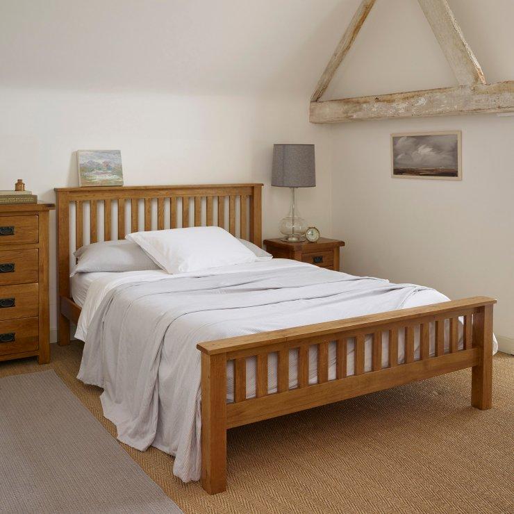 original rustic king size bed in solid oak oak furniture. Black Bedroom Furniture Sets. Home Design Ideas