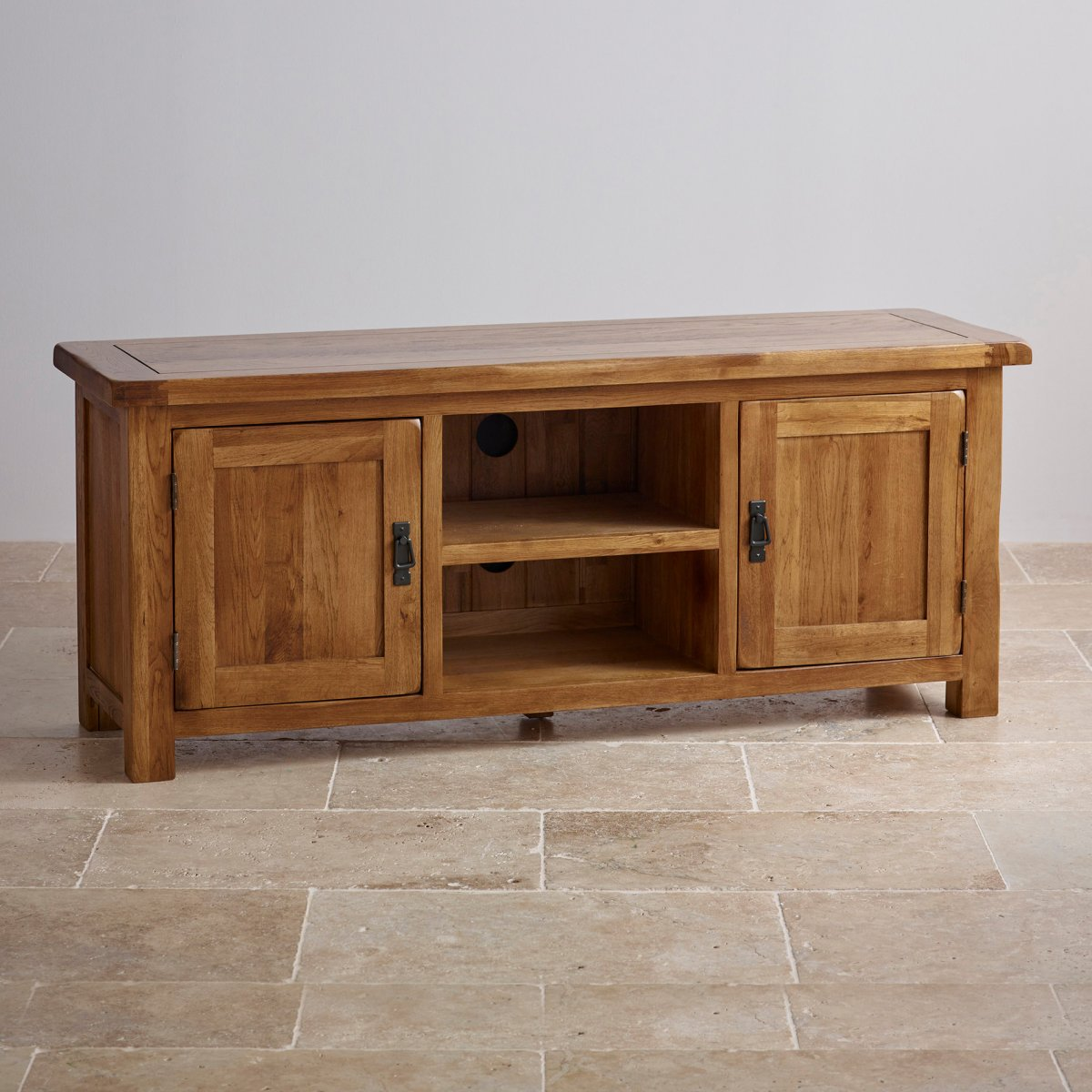 Original rustic wide tv cabinet in solid oak oak for Solid oak furniture