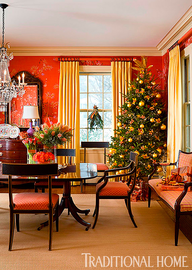 christmas tree dining room