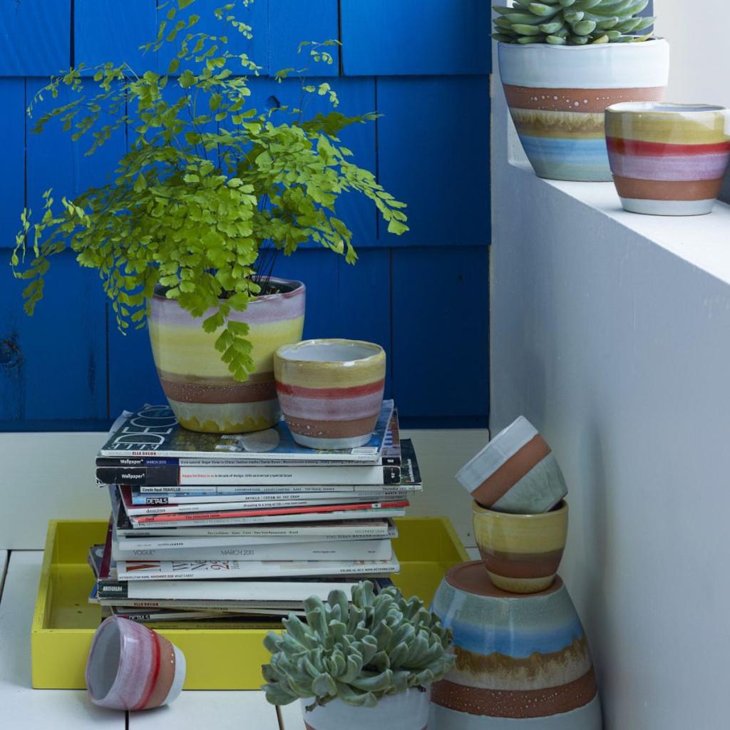 striped-terracotta-pots-d2235_img71z