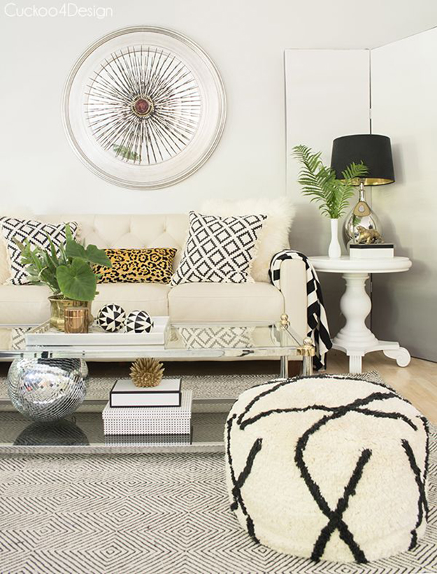 cream and black living room