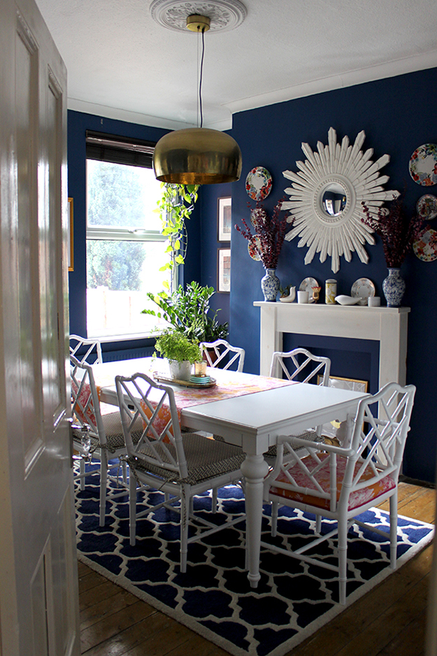 Swoon Worthy - dining room in dark blue
