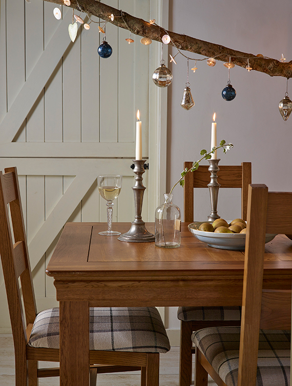 Contemporary Rustic Christmas Decor