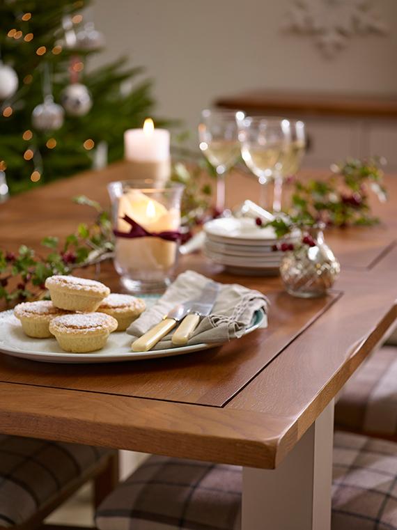 Simplistic Christmas Decor Dining Table