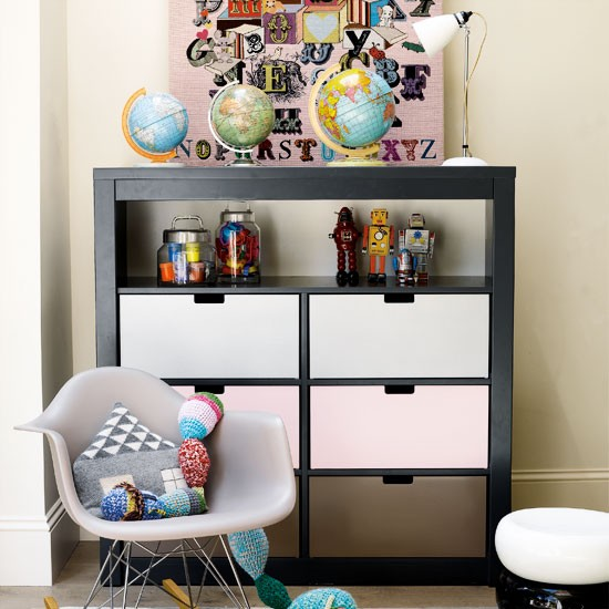 Contemporary-childrens-bedroom