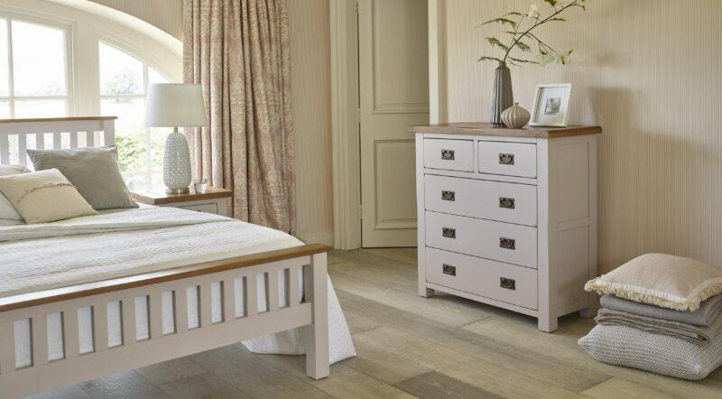 Kemble bedroom