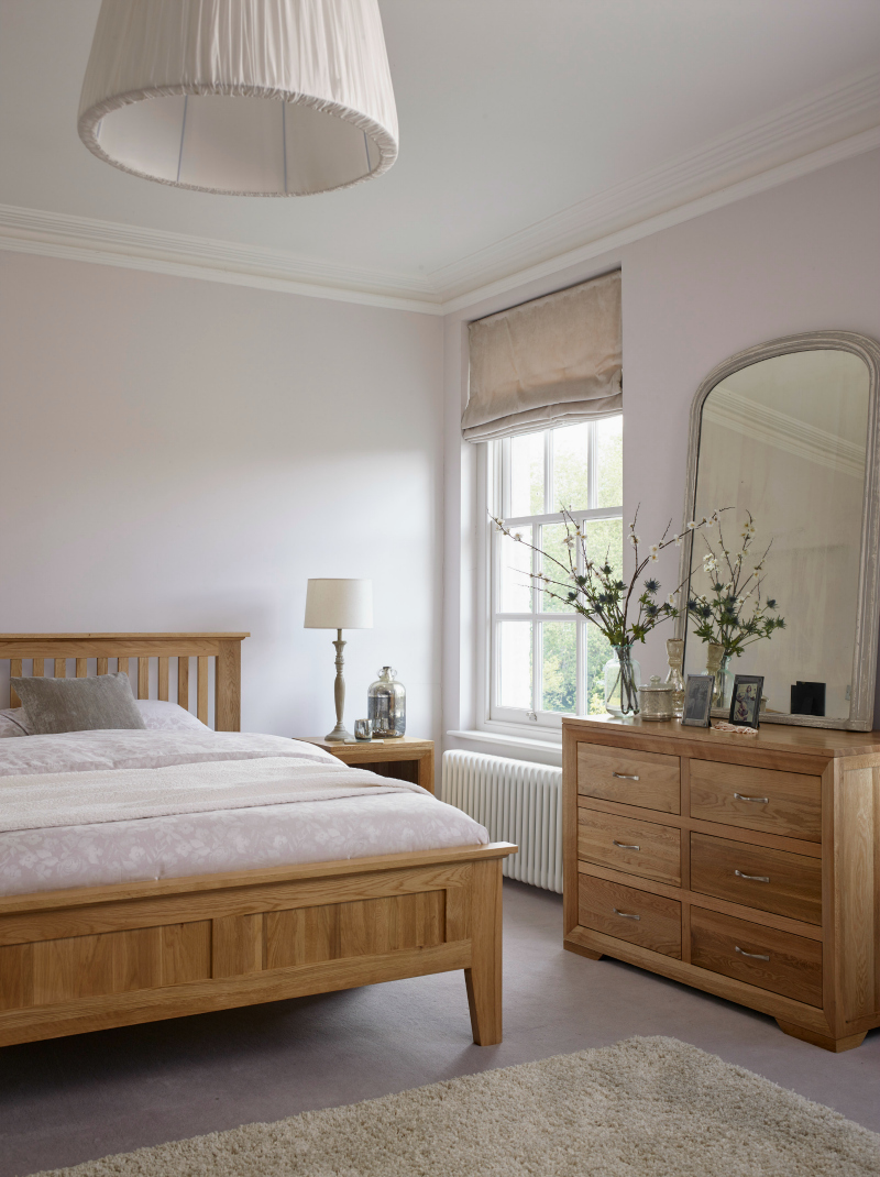 how to buy a bed by kimberly duran the oak furniture land blog. Black Bedroom Furniture Sets. Home Design Ideas