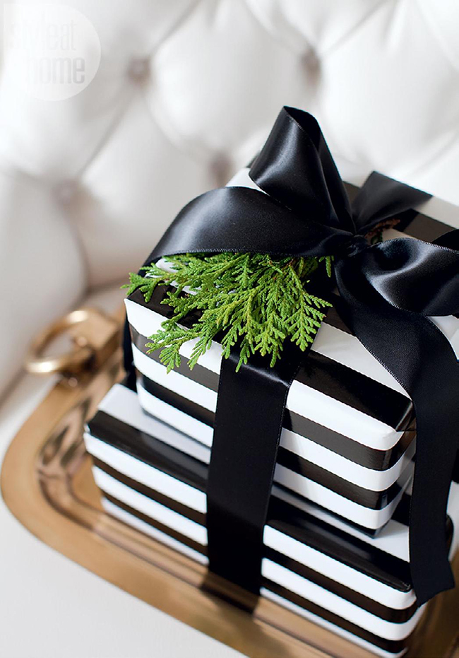 black and white present christmas wrap