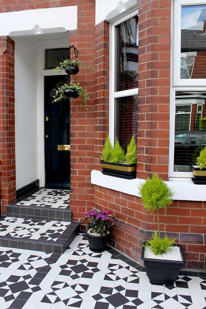 edwardian home with decorative tiles