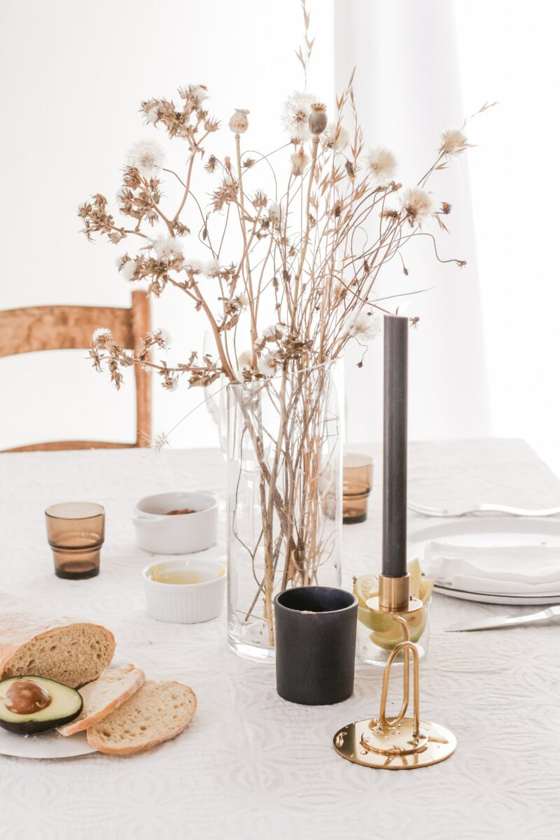Dining setting accessories