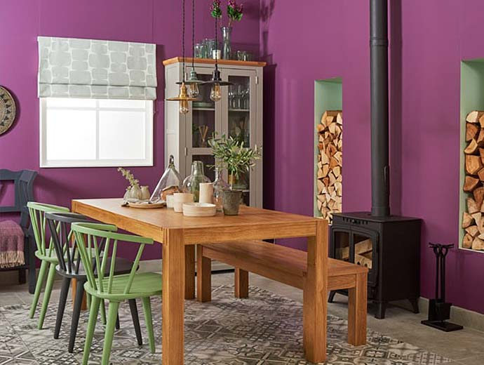 oak furniture land dining table at the ideal home show 2017