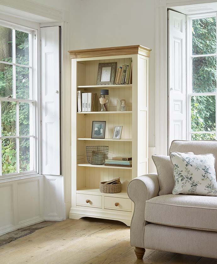 country cottage bookcase