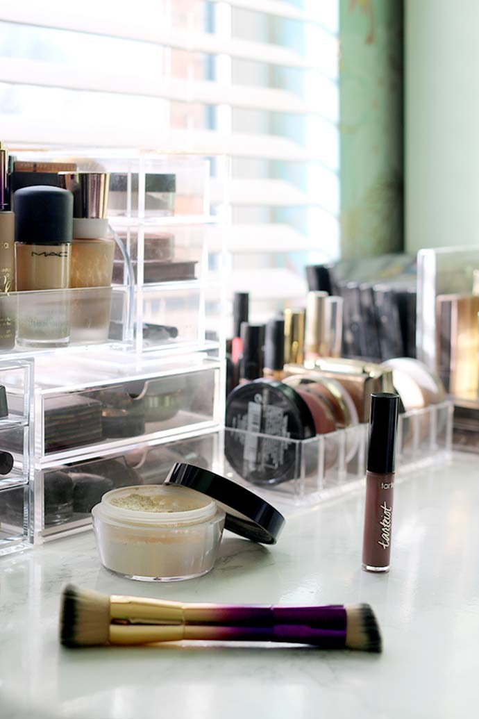 make up on dressing table