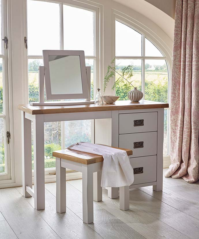 kemble dressing table