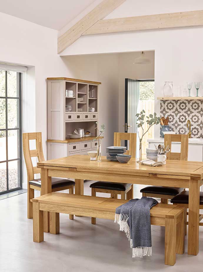 p010_living-dining-mix+match_293