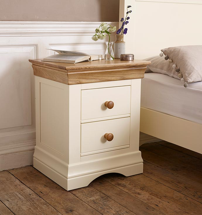 country cottage bedside table