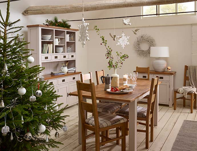 kemble dining set range with christmas decor and tree
