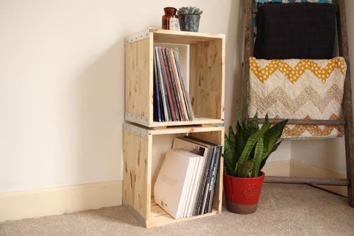 stacking wooden storage cubes DIY project