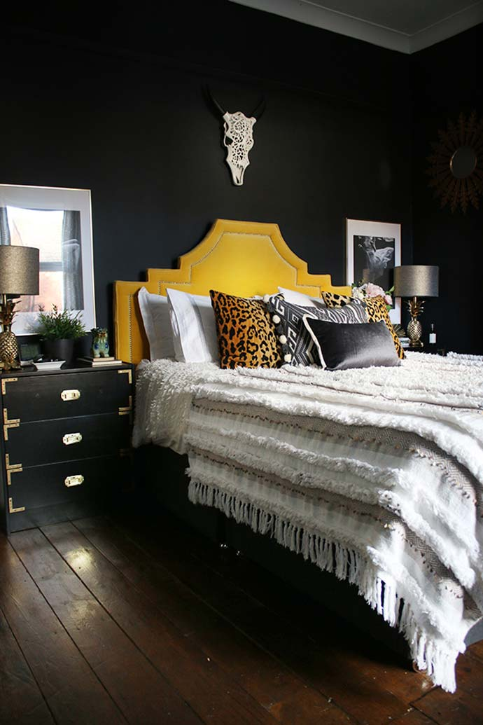 black and gold bedroom from swoonworthy