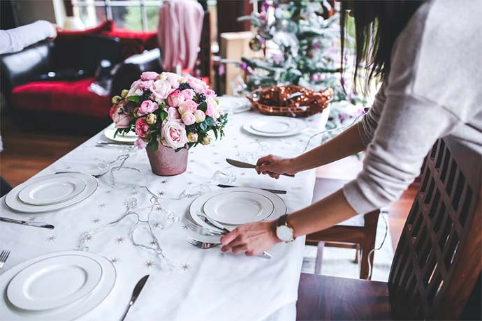 christmas table dining preparation