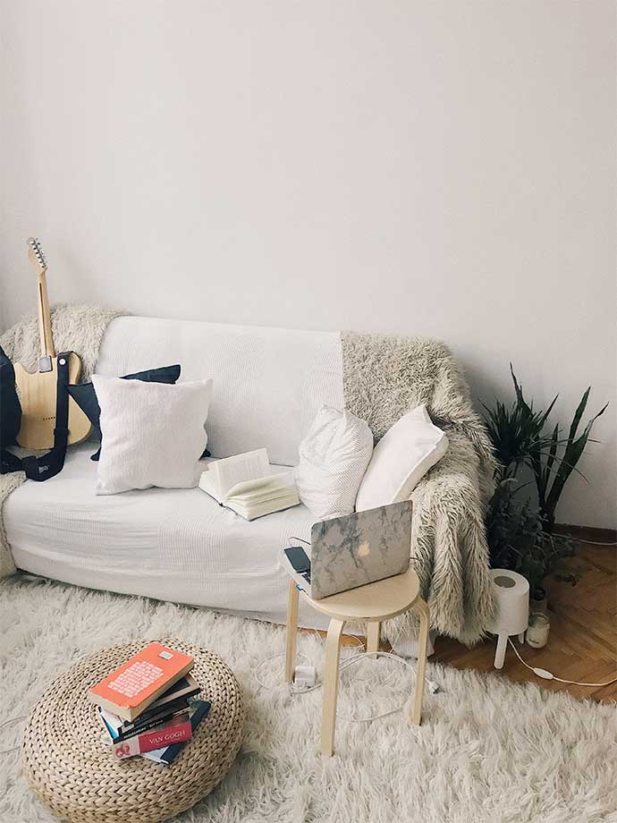 hot sale online 23248 75df7 How to Transform Your Home's Smallest Spaces With a Sofa Bed