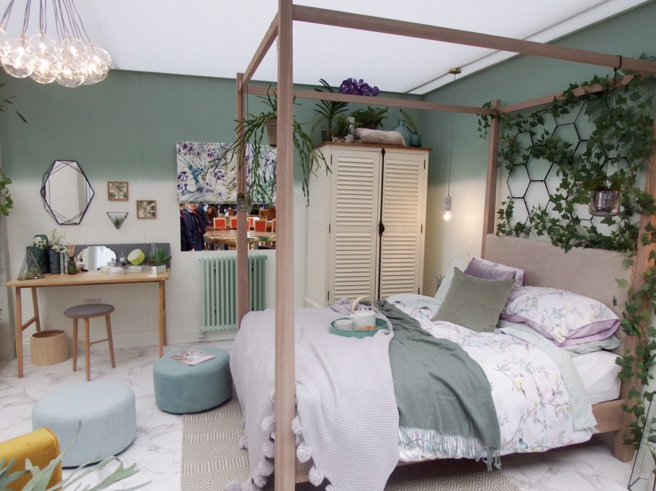 Botanical bedroom at Ideal Home Show 2018