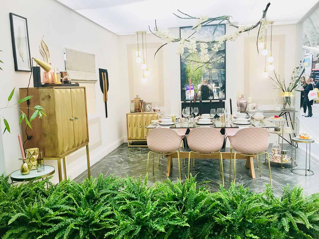 glamorous luxe dining room at the ideal home show
