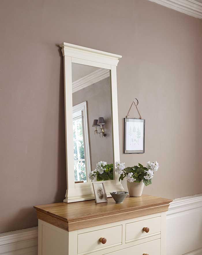 country cottage mirror natural light reflection
