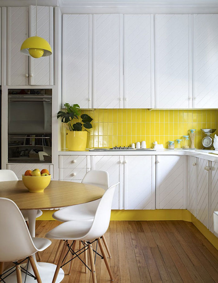 yellow accents in kitchen