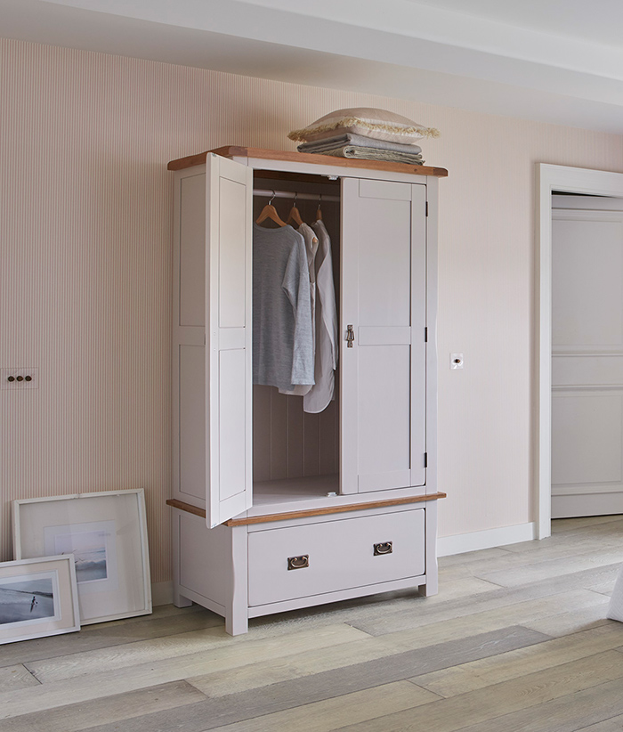 best website c04c5 61414 Our Fuss-free Guide to Buying a Wardrobe | Oak Furniture ...
