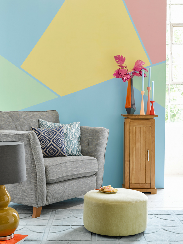Sorbet living room with pastel wall designs