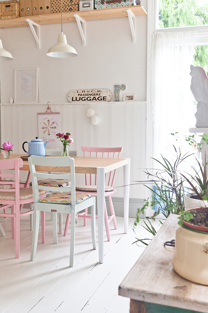 Pastel dining area kitchen table