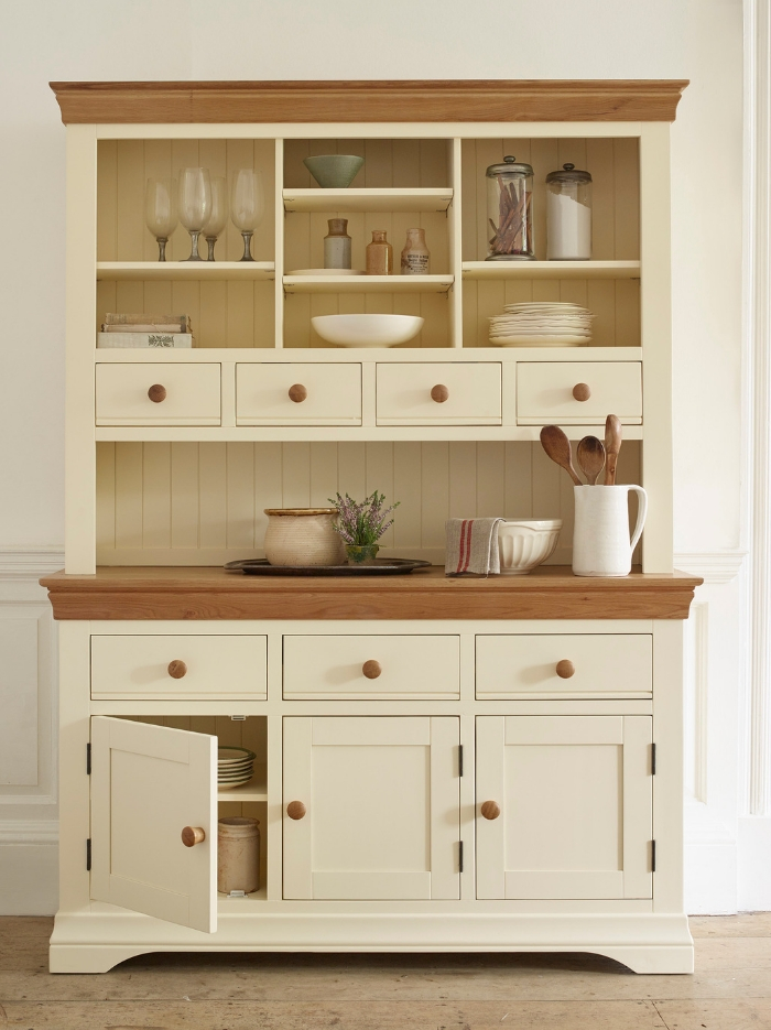 Country cottage dresser