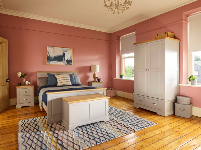 St Ives bedroom range, rug and terracotta walls